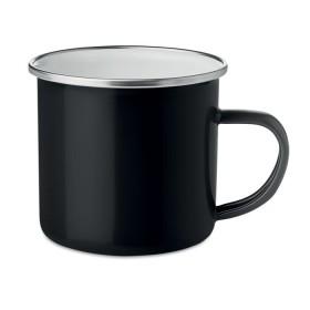 Mug en métal avec émail
